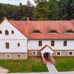 miert-erdei-iskola